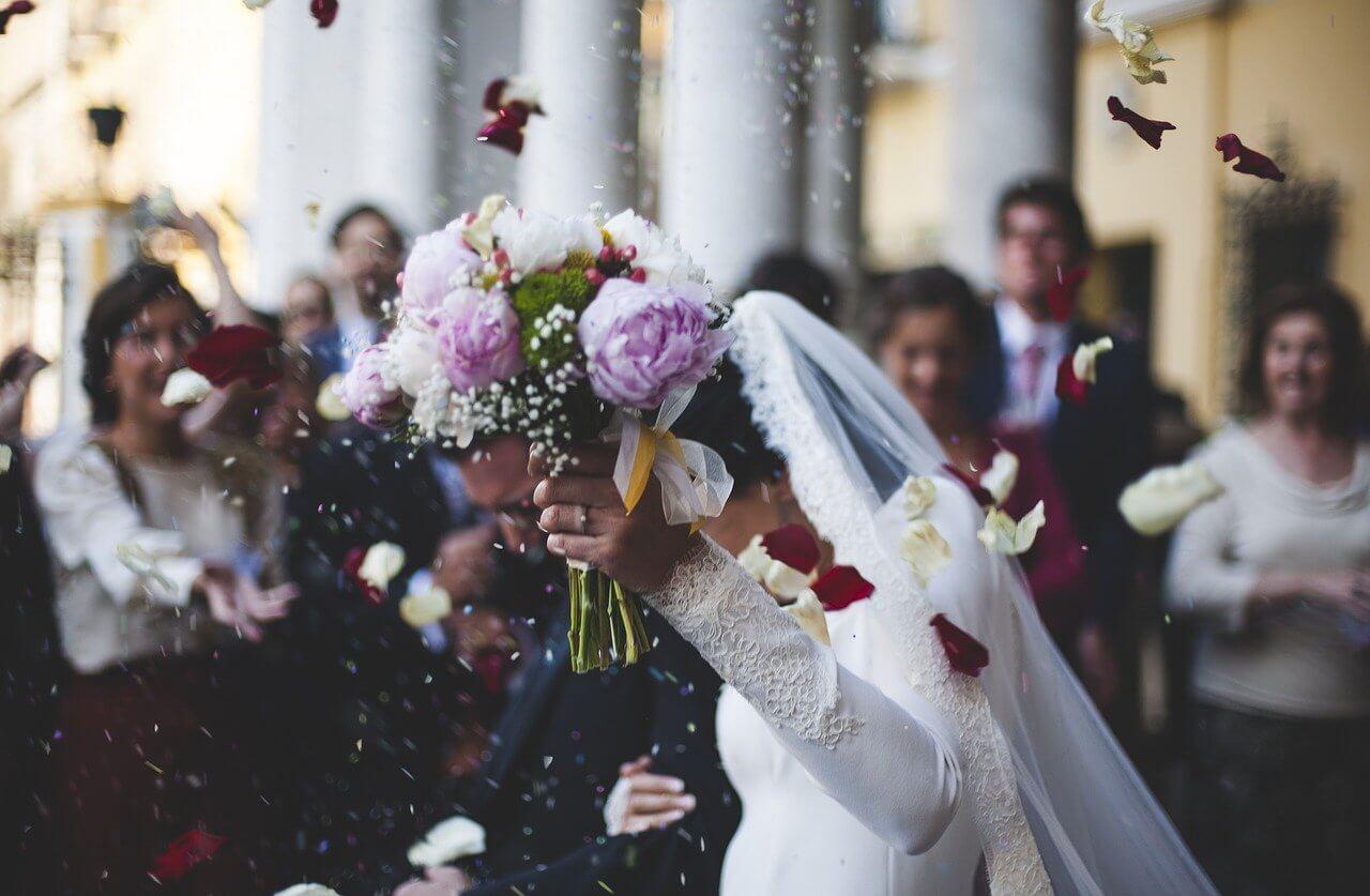 mariée sortie mairie